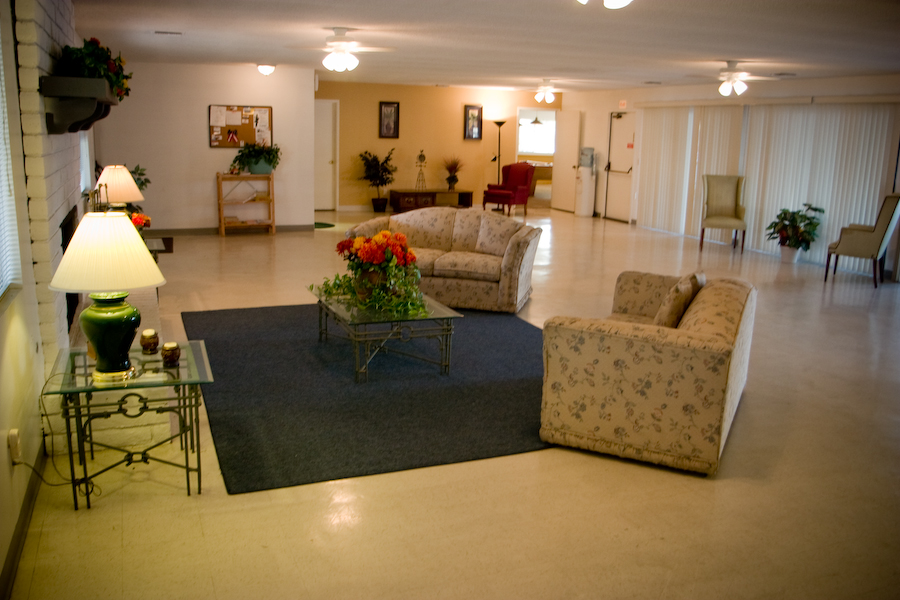 Diamond Bar estates common room
