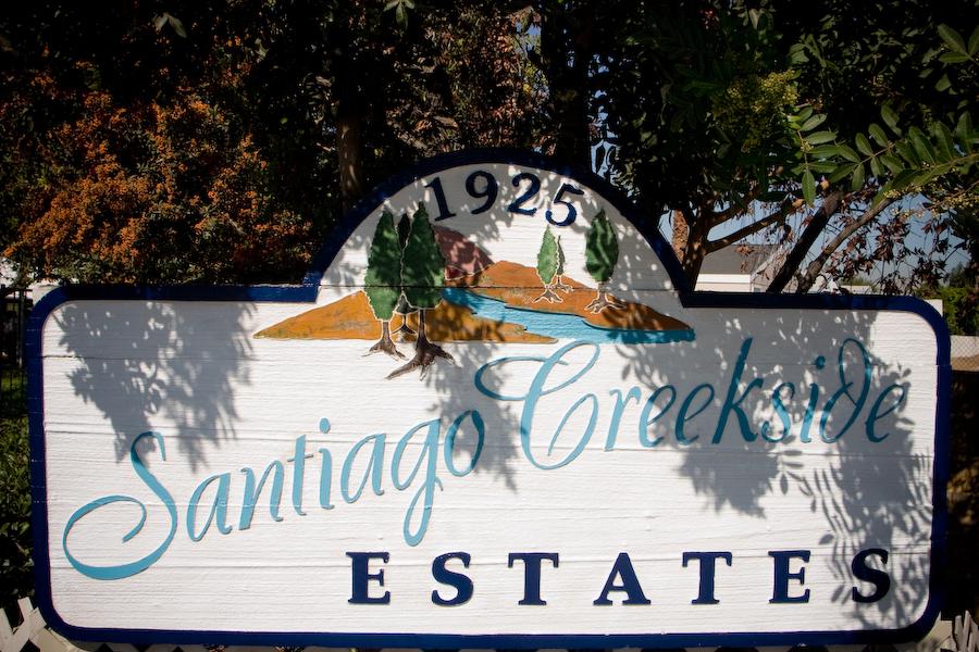 Santiago Creekside Estates sign